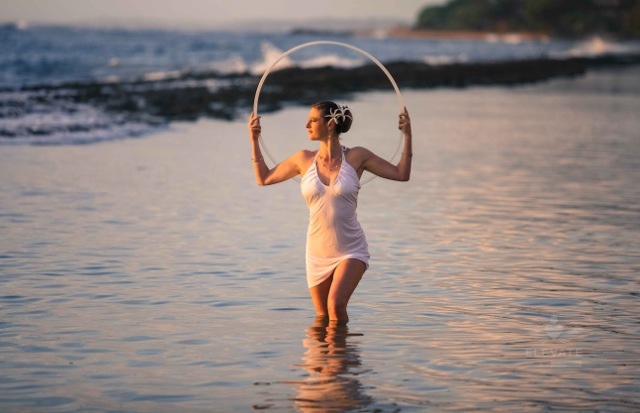 Huls-hooping-pic